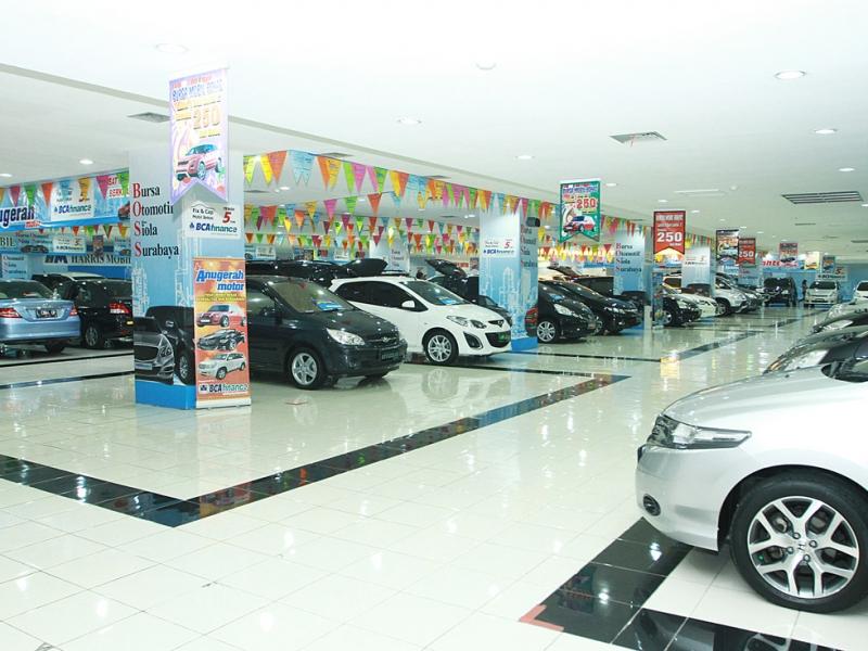 Bursa Otomotif Siola Surabaya (BOSS): Manjakan Konsumen Tawarkan Mobkas Rp 150 Juta ke Atas