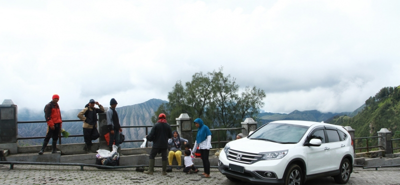 Bromo On Fire: TOURING SAMBIL BERWISATA